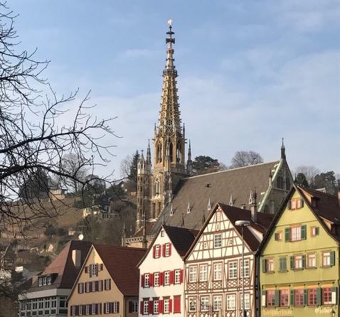 Frauenkirche_Esslingen_Quadrat